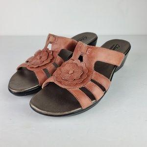Clarks Bendables Rose Gold Slide Sandals